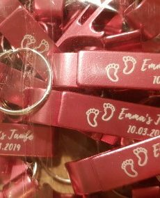 bulk-cheap-wholesale-engraved-bottle-opener-keychains-wedding-favors-birthday-gifts-baby-shower-gifts
