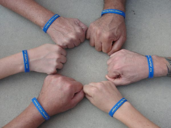 cheap-custom-rubber-wristbands-bulk-gifts-under-5-for-coworkers-music-gifts