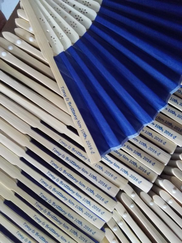 customized-cloth-fans-foldable-fans-cheap-birthday-gifts-for-teenage-girl-mom-bridal-shower-gifts