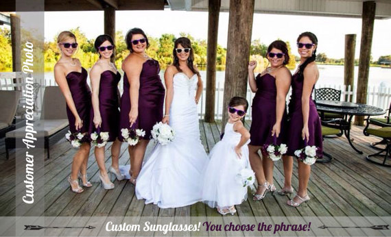 sunglasses-wedding-team-bride-favors